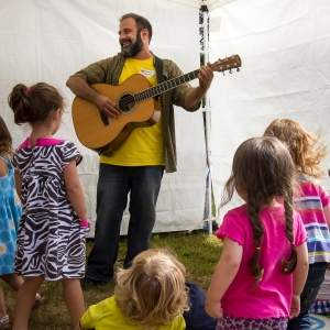 Toddler Tunes with Robert Messore